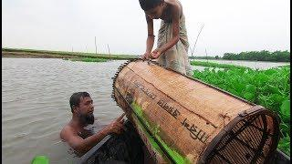 Wow Really Amazing Fish Hunting! Fishing Video From Meghna River